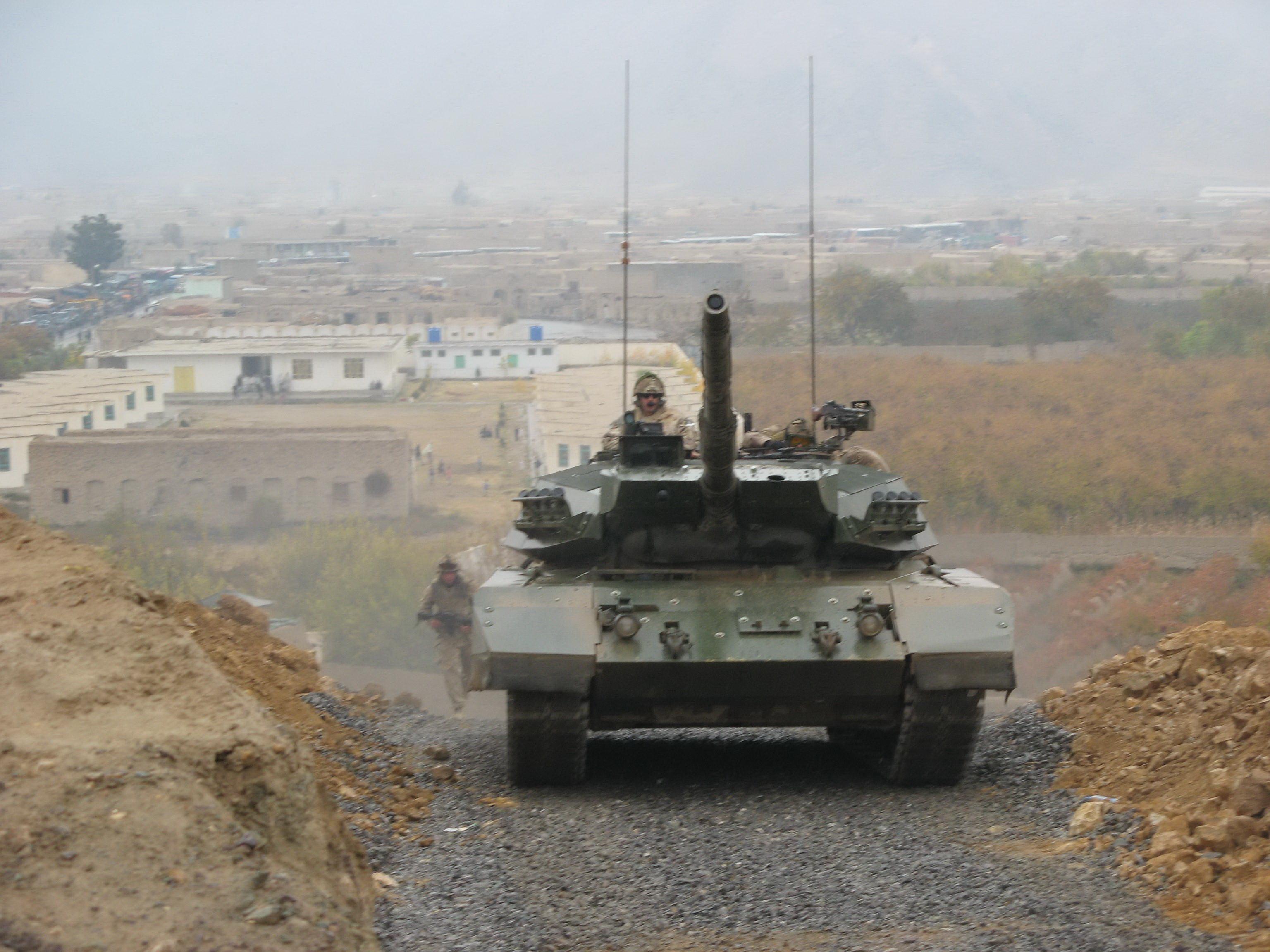 Afghan-Cda-Tanks